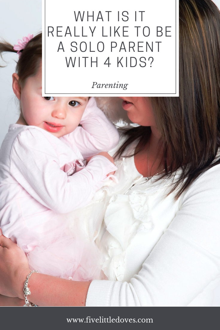 What is it really like to be a solo parent with 4 kids? | How are you meant to cope with being a single parent with 3 under 3, plus a tween. Whether you are parenting after a divorce or break up, or simply while your partner is away for a while it can be so hard. One moms experience of surviving along with 4 children www.fivelittledoves.com