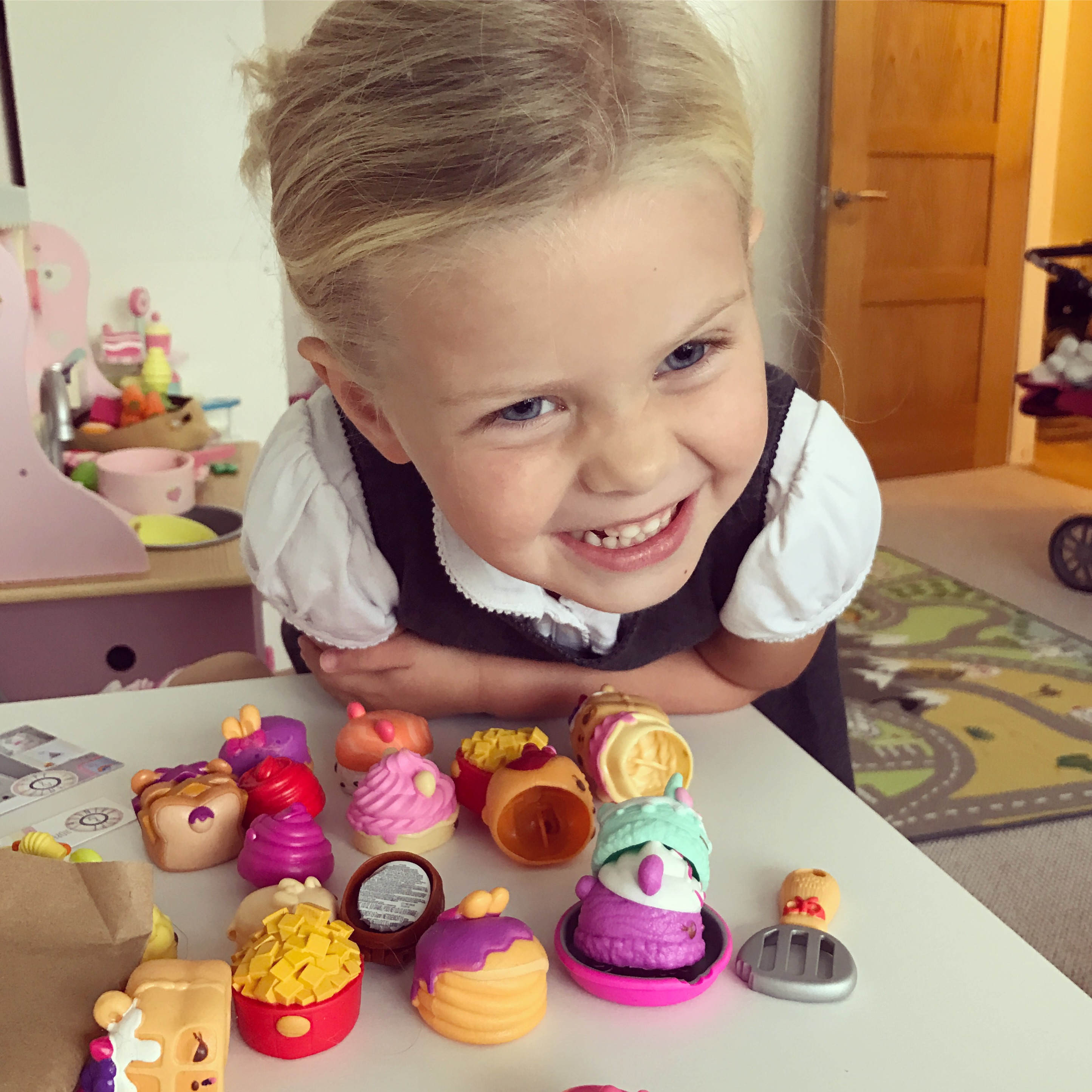 #minichefs Num Noms challenge – Review and Rocky Road recipe!