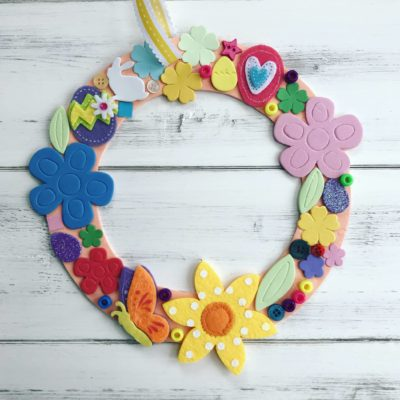 How to make a simple Easter wreath