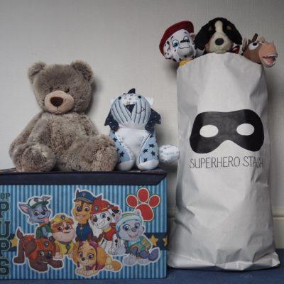 Superhero storage bag – review & giveaway