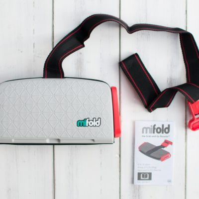 Mifold Grab & Go Booster seat: Review & Giveaway!