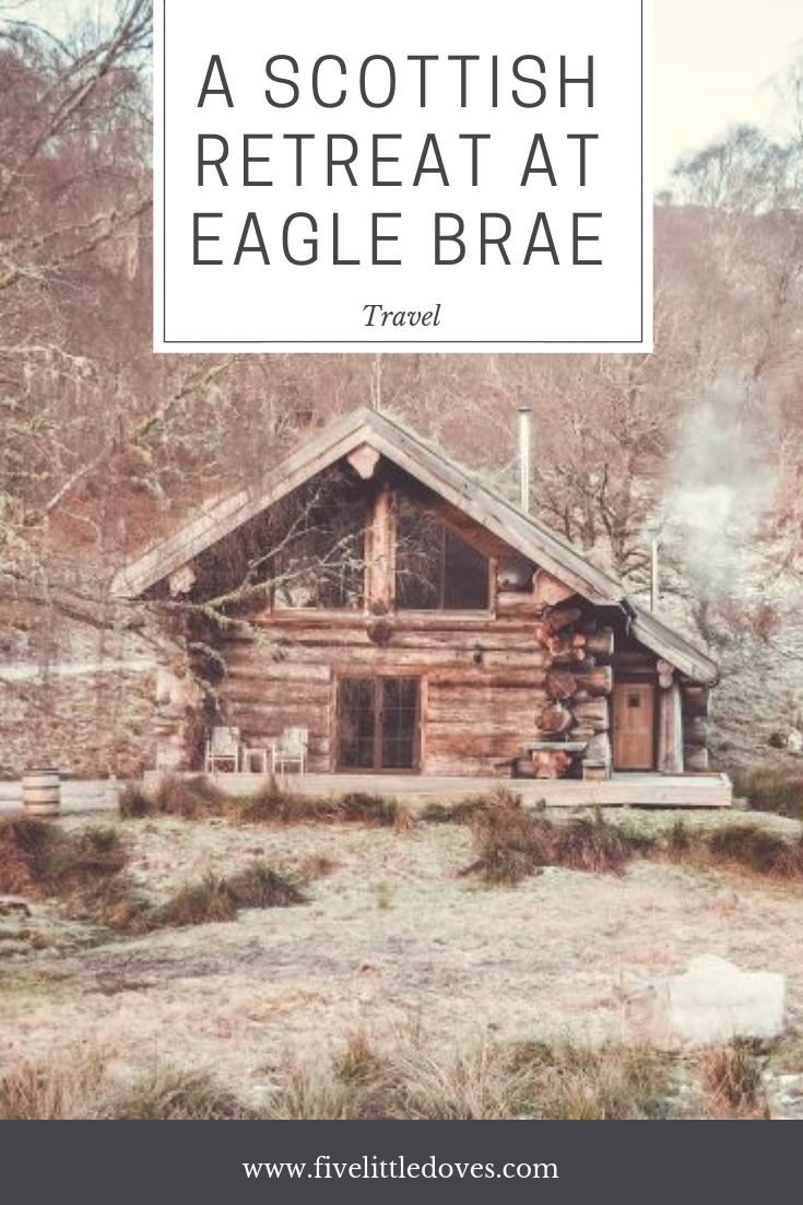A Scottish Retreat At Eagle Brae | Secluded lodge in the heart of the highlands. Have a look at the facilities available in the holiday lodge and what you can expect during your Scottish holiday www.fivelittledoves.com