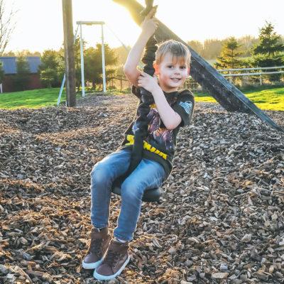 Visit Nottingham: Twin Lakes Family Theme Park