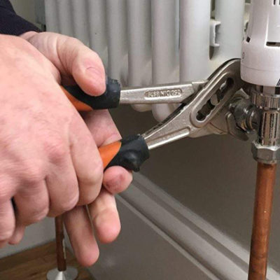 How to change a radiator valve