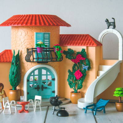 Playmobil Summer Villa: Review & Giveaway